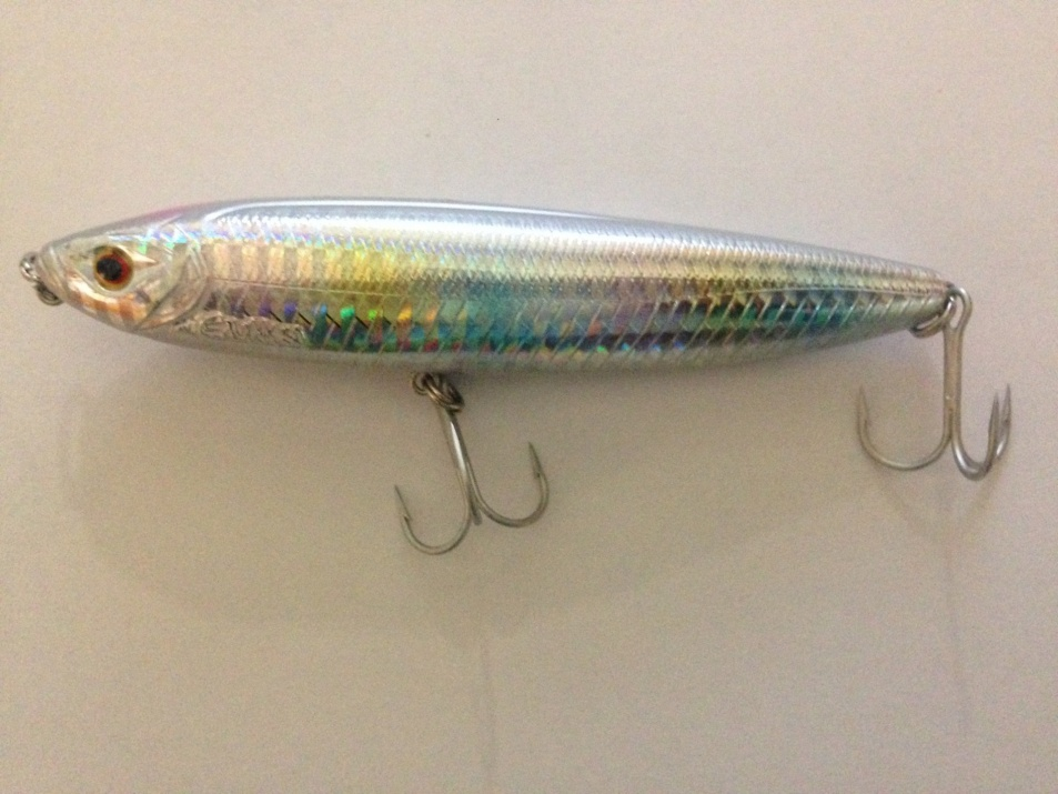 Повърхностен воблер Pezon & Michel Gunki Megalon 105 mm 15.7 g - Rainbow White