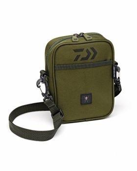Чанта с презрамка Daiwa BLACK WIDOW BITZ BAG